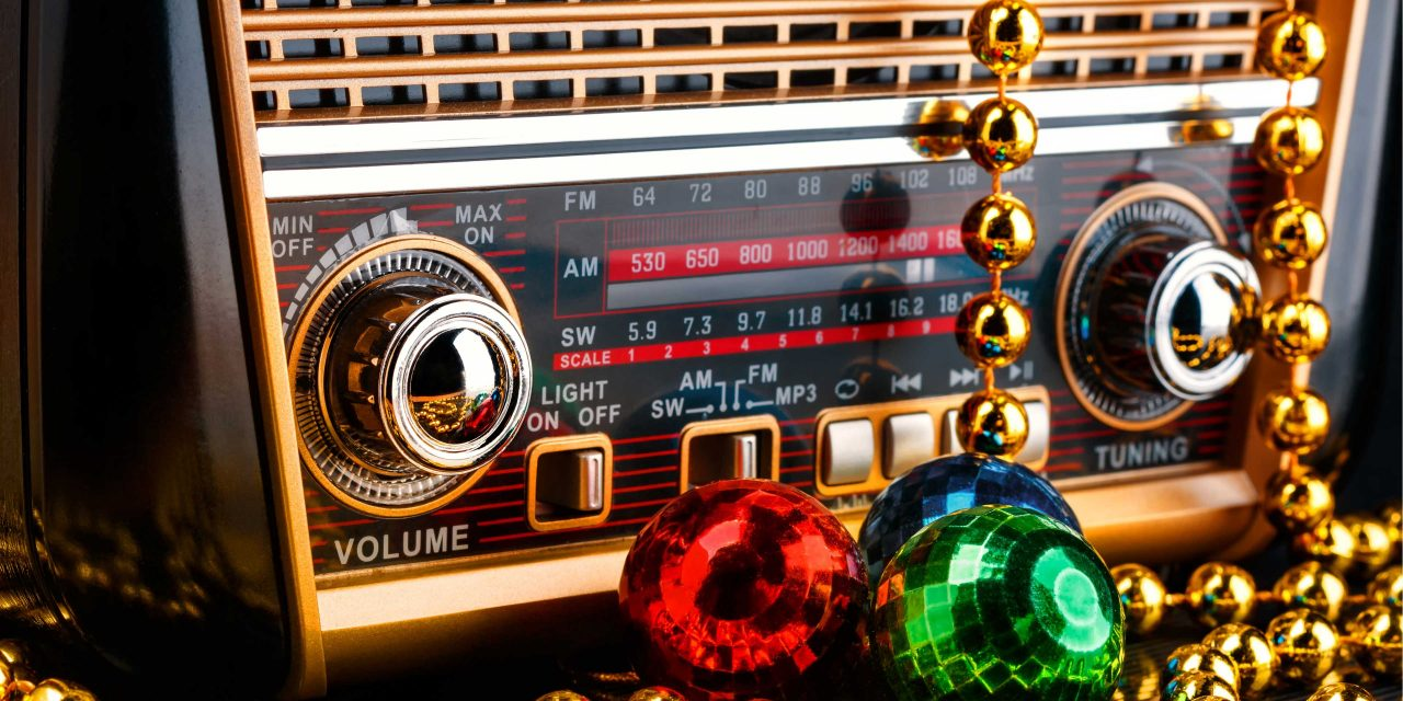 Christmas Music 2020 Fm Radio Stations When Do Radio Stations Start Christmas Music?