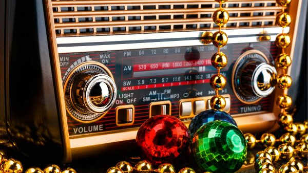 Radio Stations Start Christmas Music
