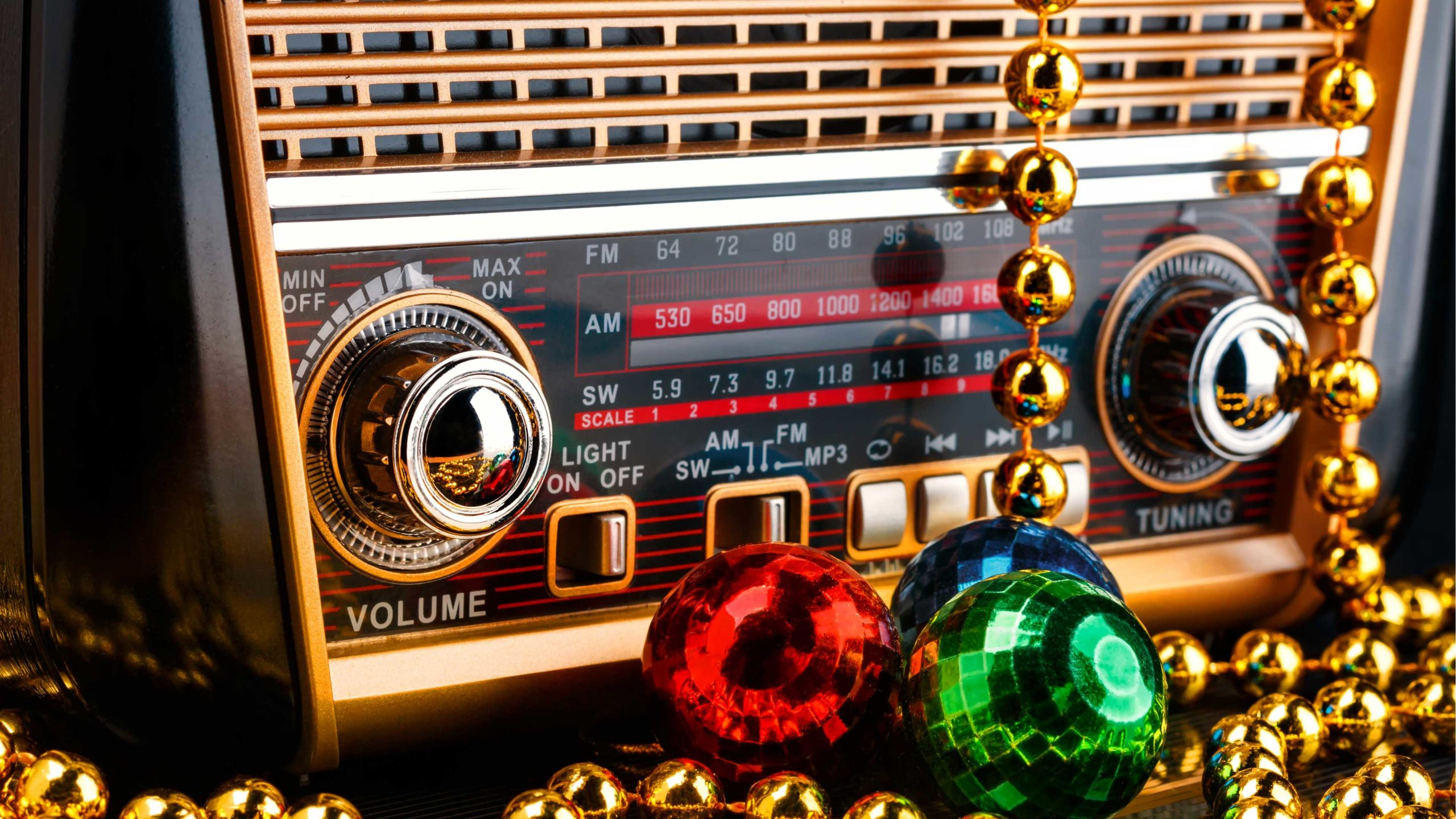 St Louis Christmas Radio 2020 When Do Radio Stations Start Christmas Music?