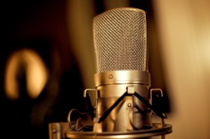 How to make money at home using your voice and a microphone