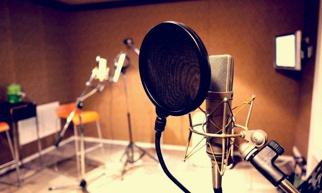 4 Ways To Stop Microphone Pops & Plosives