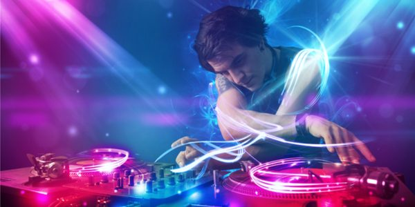 Dj drops for electronic dance music for House dance music